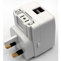 Universal Travel Adaptor with 2 USB ports - 1A total